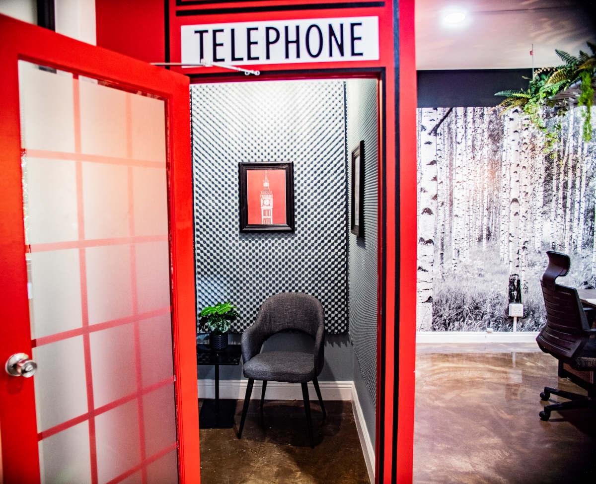 Skype Room | O&CO
